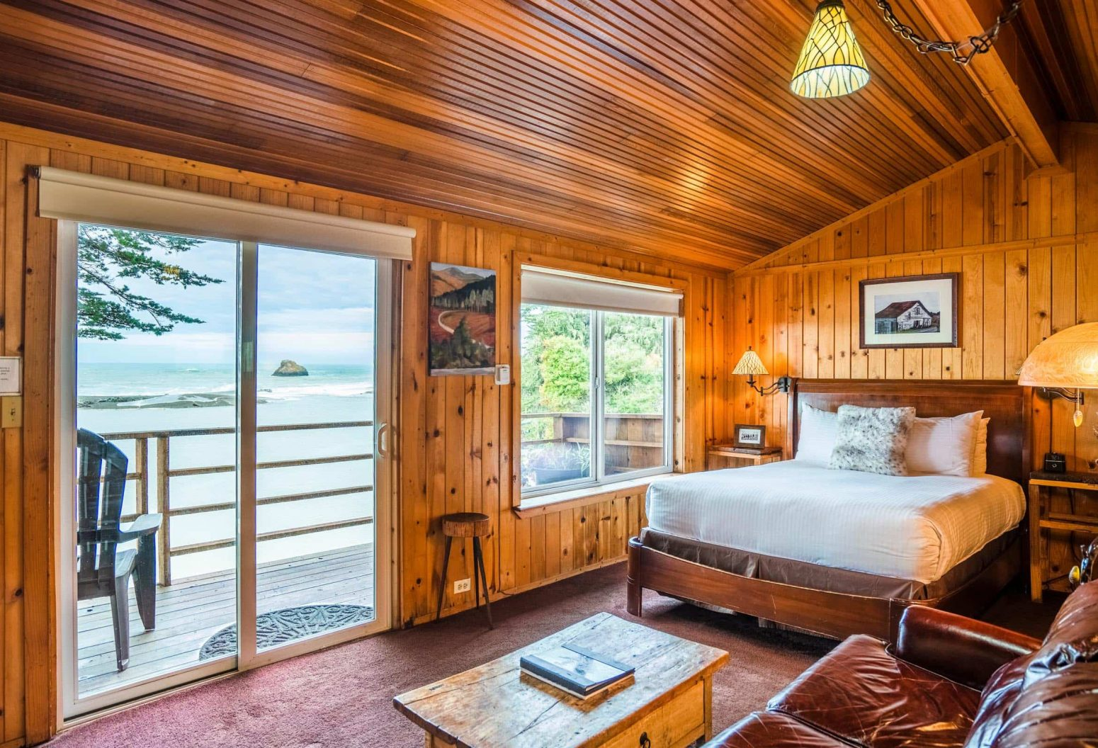 Warm bedroom and sitting area in Cabin 1